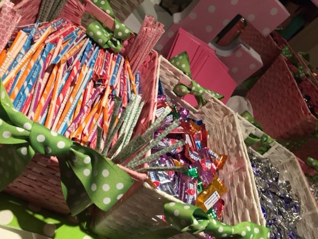 polka dot them candy bar