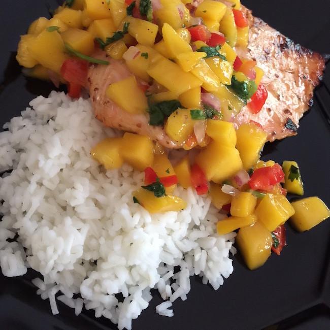 grilled salmon & mango salsa