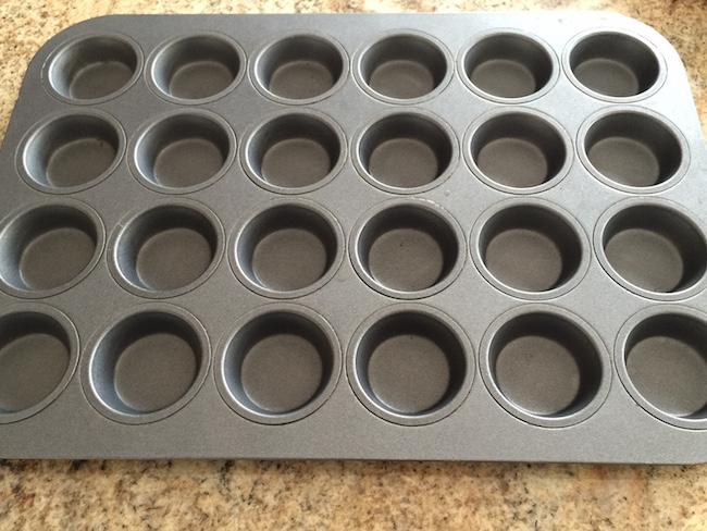 mini muffin tins